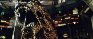 Alien 4 - Quái vật không gian tái sinh