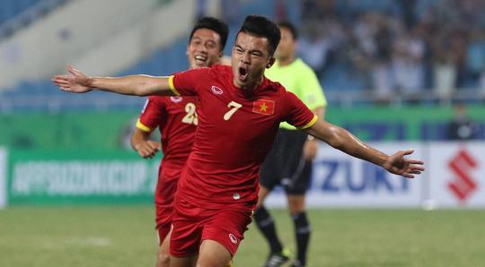 ĐT Việt Nam hiên ngang vào bán kết