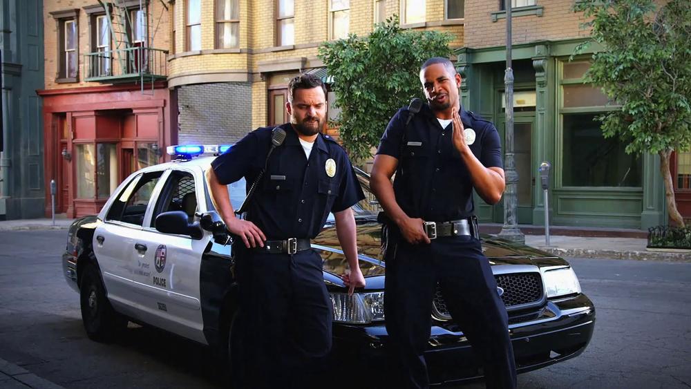 Let's Be Cops -  Cùng làm cớm nào